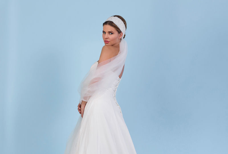 Boho chic ivory wedding veil with pearl headband - product images  of