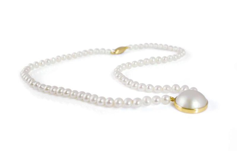 CLASSIC RIVER WATER PEARL WITH A MABE PEARL PENDENT WEDDING NECKLACE, pearl wedding jewellery, bridal pearl jewellery, wedding jewellery, fresh water pearl jewellery, bespoke pearl jewellery, Raw pearl jewellery