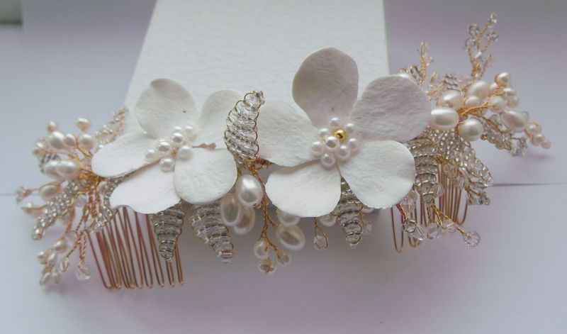 gold floral wedding hair comb