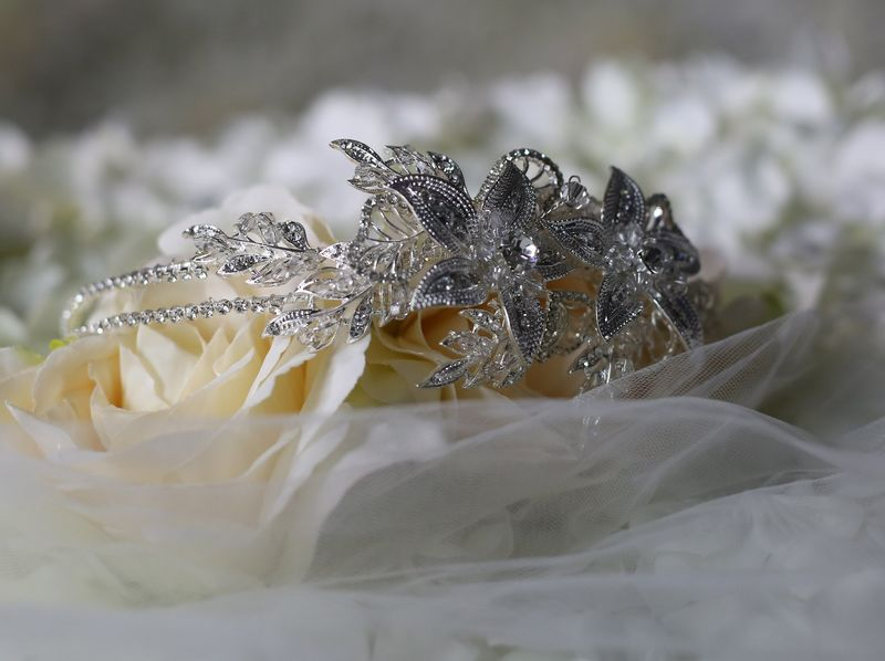 Floral diamante wedding side tiara - product images