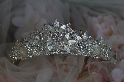 Leaf,style,diamante,princess,wedding,tiara,Leaf style diamante princess wedding tiara, wedding tiara, silver wedding tiara, wedding hair accessories, princess wedding tiara,