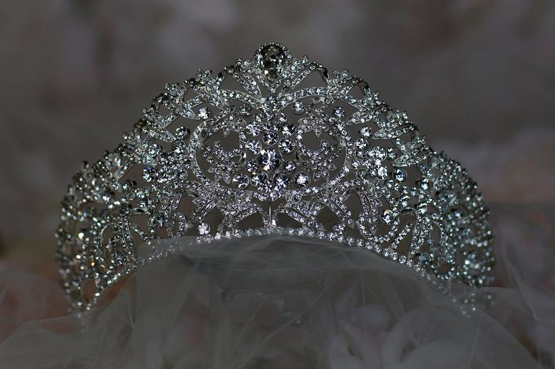 Diamante silver queen wedding tiara - product images