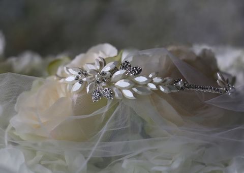Diamante,and,pearl,wedding,headband,Diamante and pearl wedding hairband, wedding side tiara, wedding headband, vintage side headband, wedding hair accessories for brides, headband uk, wedding headband for short hair, silver wedding side tiara, wedding side headband, weddin