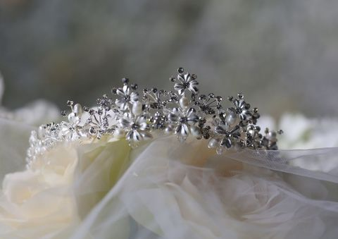Mini,daisy,and,pearl,wedding,tiara,Mini daisies and pearl wedding tiara, floral wedding tiara, floral bridal tiara, wedding tiara daisies, wedding tiaras for brides, wedding hair accessories, silver wedding tiara, silver flower wedding tiara, Tiaras Uk, Tiaras by