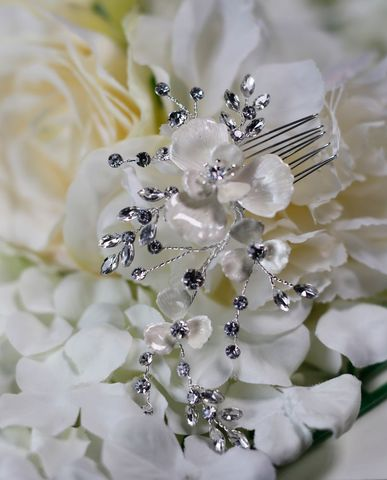 Porcelain,flower,and,diamante,bridal,hair,comb,Porcelain flowerl and diamante bridal hair comb, floral wedding hair comb, flower bridal hairpiece, floral wedding hair accessories, flower bridal accessories, wedding hair comb, bridal hair comb, floral bridal hair comb, white floral hair comb, silver we