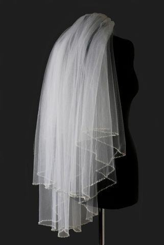 Two,layered,beaded,edge,wedding,veil,Two layered beaded edge wedding veil, ivory beaded edge wedding veil, Veil designed by Warren York, white beaded edge wedding veil, wedding veils for brides, wedding veils uk, wedding veil beaded, two tiered wedding veil, two layered wedding veil, short w