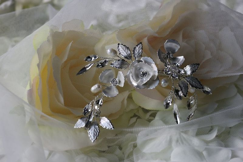 Small silver floral wedding hair piece - product images