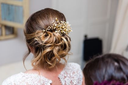 Bespoke gold and pearl wedding hair comb