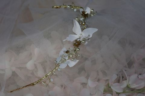 Butterfly,and,floral,gold,wedding,hair,vine,Butterfly and floral gold wedding hair vine, gold floral and butterfly wedding hair vine, wedding headpiece, hair accessories for bridesmaids, bridesmaid hair accessories, bridal hair vine, bridesmaid wedding hair vine, butterfly bridesmaid hair vine, but