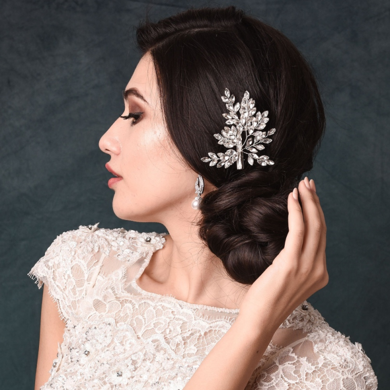 Crystal wedding hair piece
