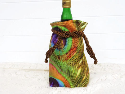 Wine,Bag,Velvet,with,Peacock,Design,gift_bag