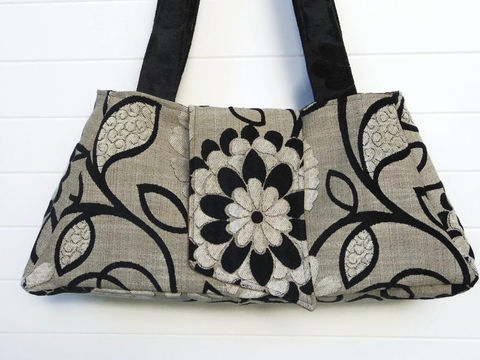 Black,and,White,Cut,Chenille,boho_purse