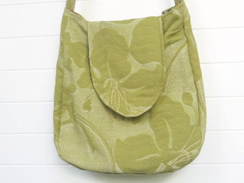 Light,Green,Floral,boho_purse