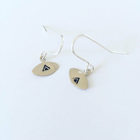 Small,Silver,Tone,Eye,Earrings,with,Triangle,evil_eye_earrings,triangle_earrings,tiny_earrings,silver_earrings,eye_earrings,simple_earrings,minimalist_earrings,modern_earrings,drop_earrings,unusual_earrings