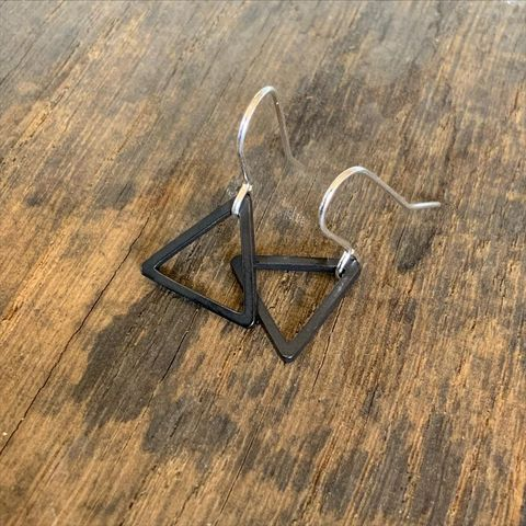 Tiny,Black,Triangle,Hoops,Black triangle hoop hoops earrings silver