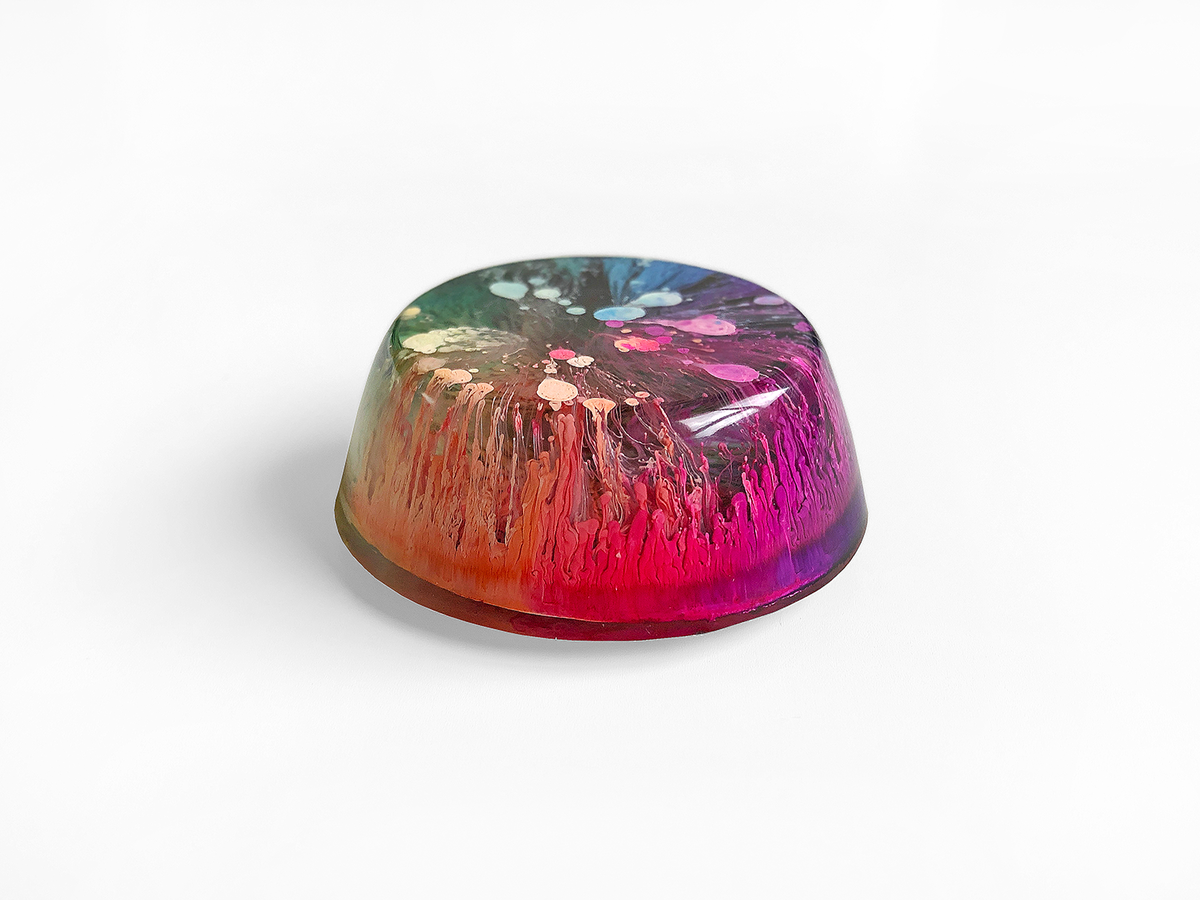 Resin Petri Magnet: MIA - product images  of