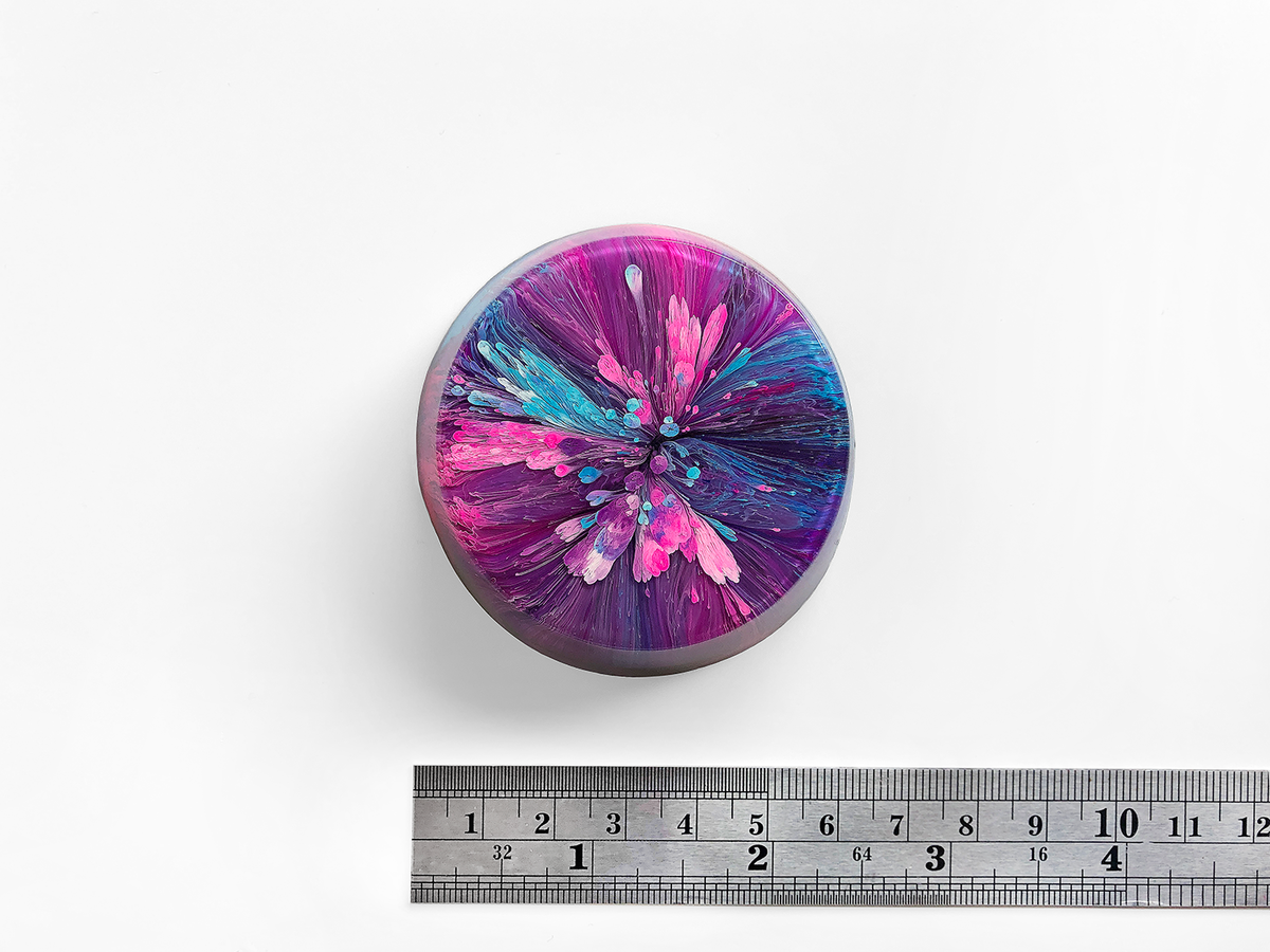 Resin Petri Art: LARA - product images  of
