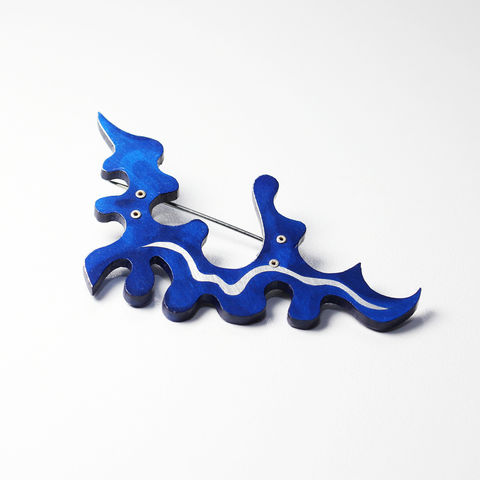 Travelling,North,Brooch,III,brooch, broach, pin, art jewellery, painting, airbrush, blue, futuristic, contemporary jewellery, studio jewellery, silver, cobalt, sky,
