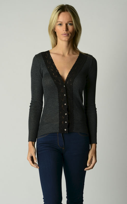 Now 30% Off!! Black Wide Lace Cardigan and Camisole Set - product image