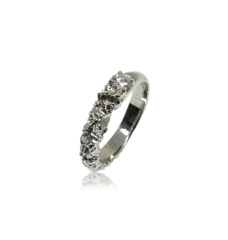 Rocky,Ring,in,18k,white,gold,with,0,25,carat,diamond, 18k, brilliant, diamond, ring, artisan, jewellery, handmade