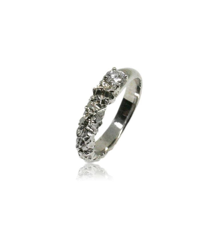Rocky Ring in 14k white gold with 0,25 carat white diamond - product images  of