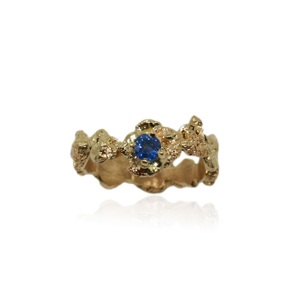 Out of the Sea Ring in 14k gold with 0,3 carat sapphire - product images  of