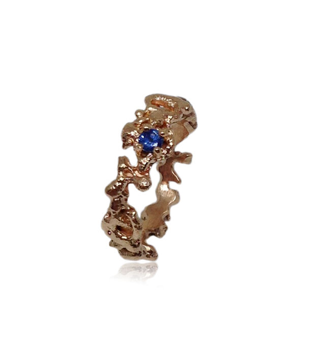 Out of the Sea Ring in 14k  rose gold with 0,11 ct sapphire - product image