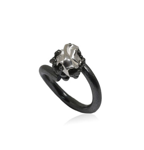 Naphtha,Ring,Black,&,Silver,naphta , ring, silver, volcano, black, gold