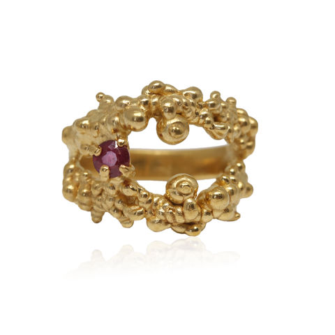 Mammatus,Gold,Ring,With,Ruby,cloud ring, silver ring, delicate ring, subtle ring, mammatus, gold , ruby , ruby ring