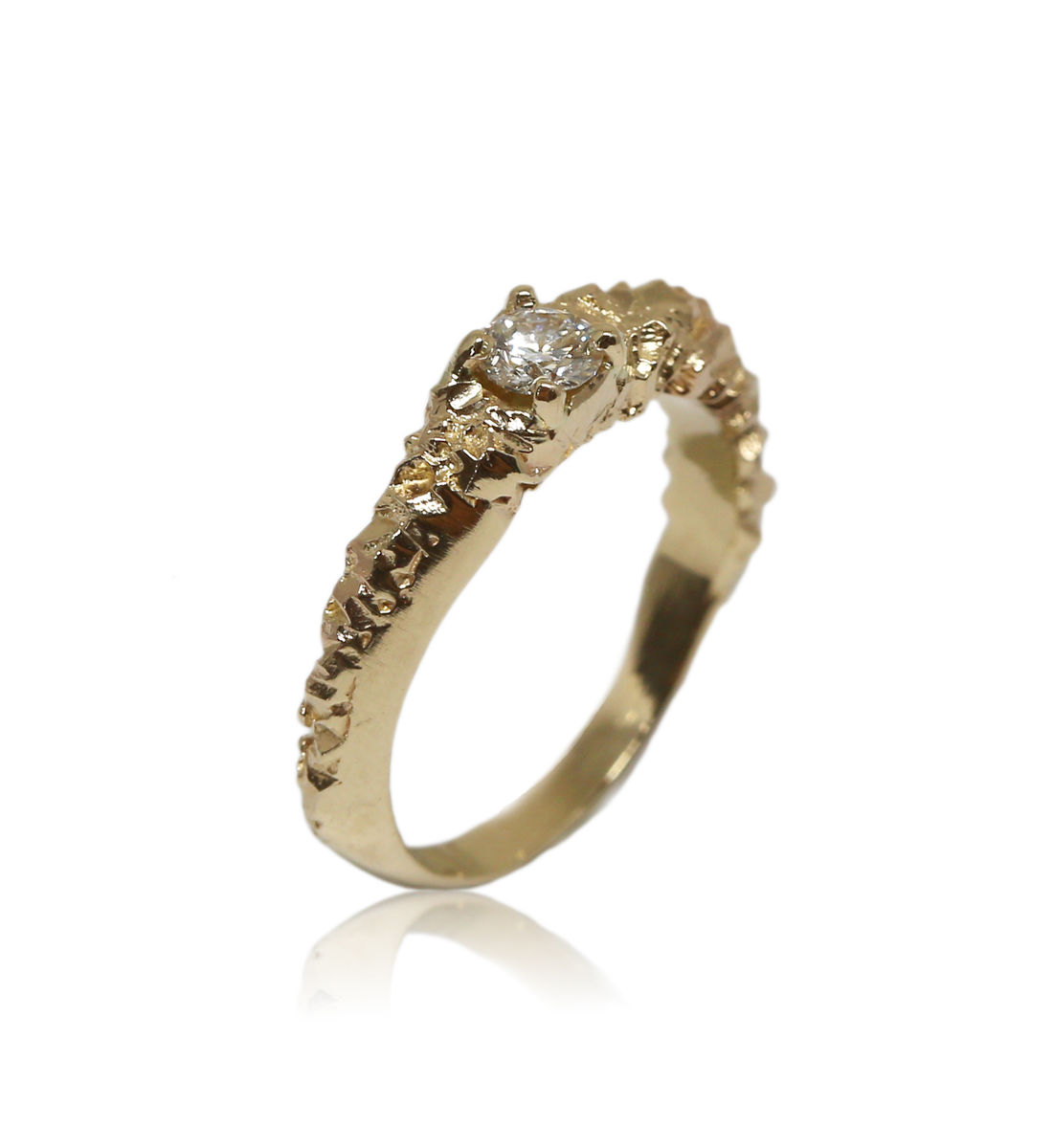 Rocky Ring in 14k yellow gold with 0,25 carat white diamond - product images  of