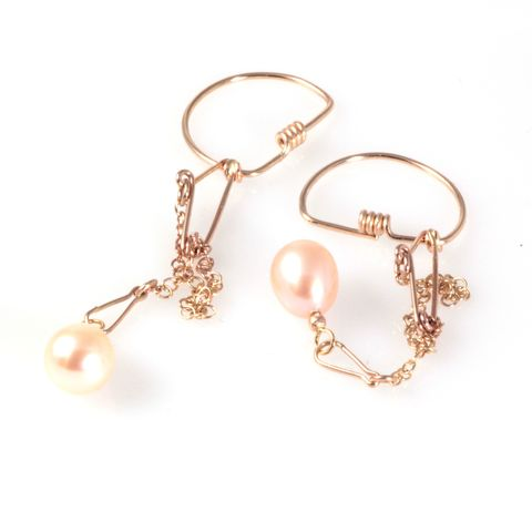 Pearl,Safety,Chain,Earrings,,Gold,gold, peach pearl, drop earrings, hoop earrings, chain earrings, gold chain, anastasia young, jewellery