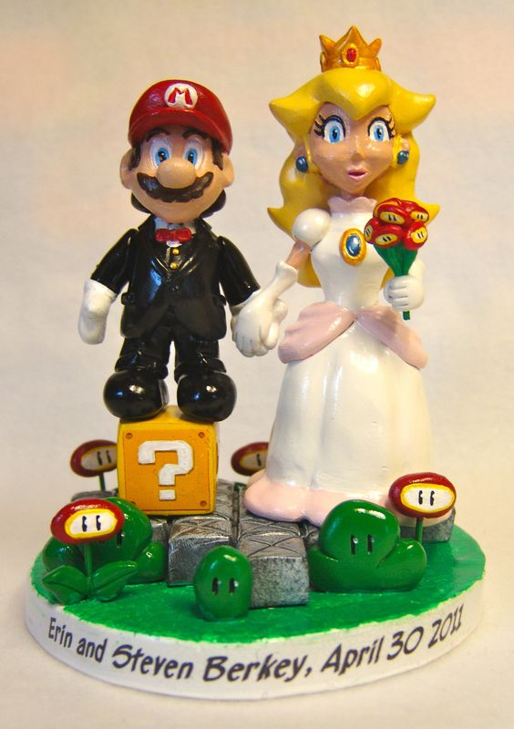 Mario & Princess Peach Cake Topper - product image