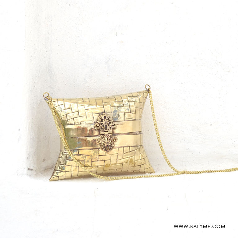Kashid Brass Gold Clutch/Bolso de Laton Dorado - product images  of