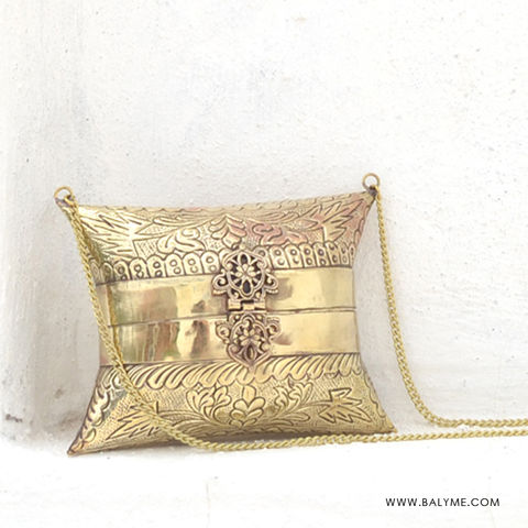 a66e8432ecd Bombay Brass Gold Clutch/Bolso de Laton Dorado - product images of