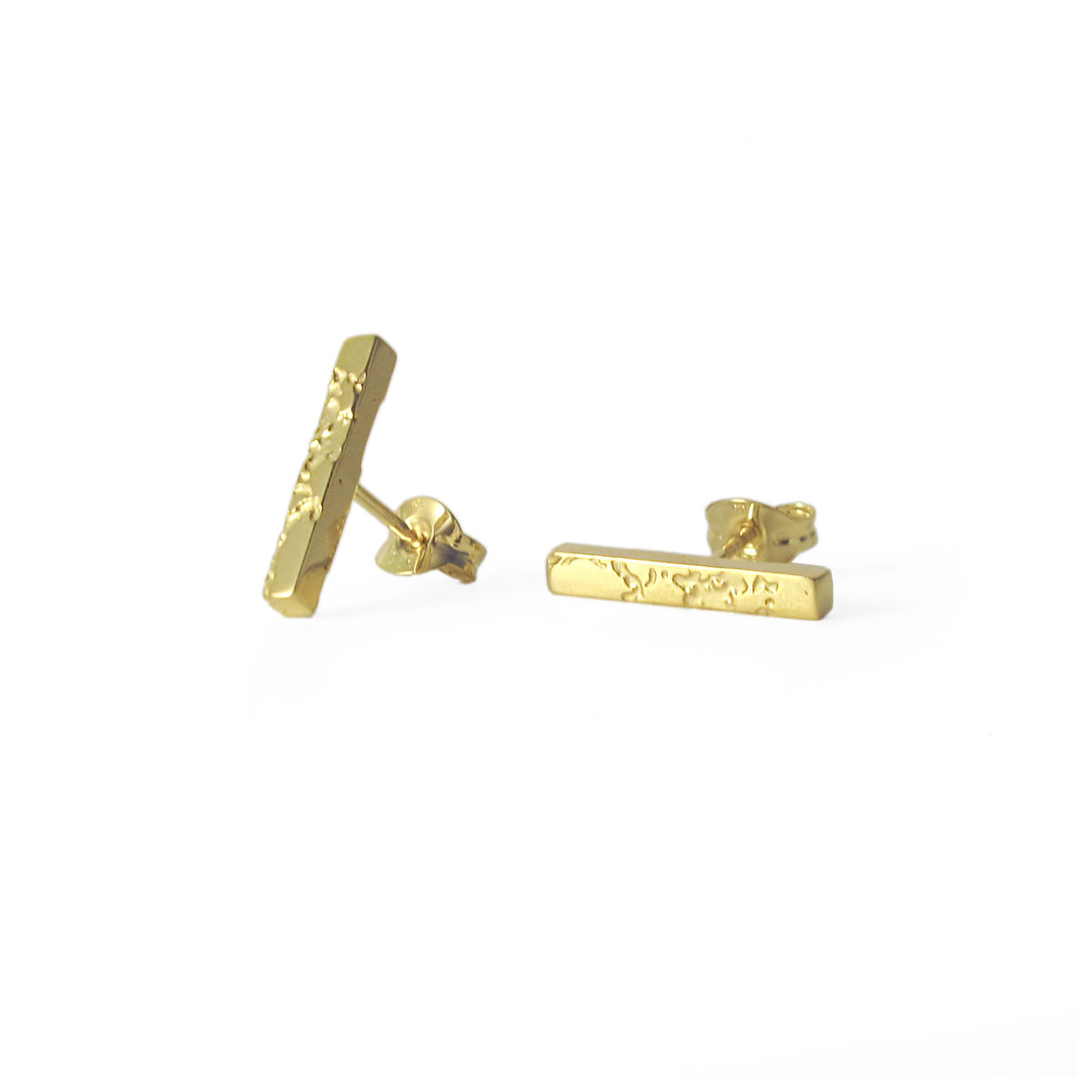 SKIN textured bar stud earrings - gold plated silver - product image