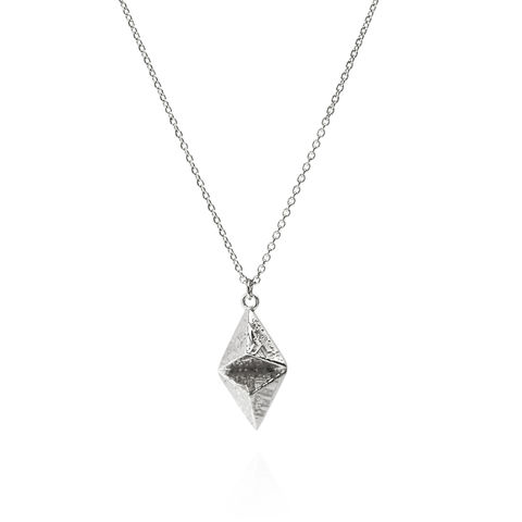 SOUVENIR,double,pyramid,pendant,SIL,-,sterling,silver,Sara Gunn jewellery, london souvenir jewellery, necklace, pendant, gold, etched, chain, sterling silver, etched jewellery,