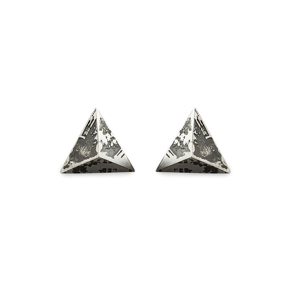 Medium SOUVENIR Pyramid Stud Earrings  - product image