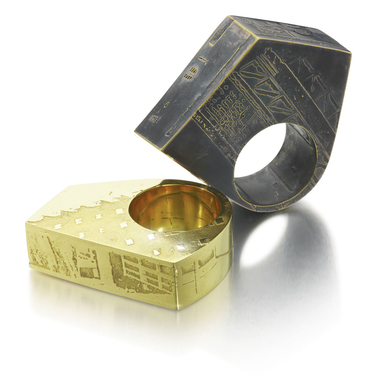London SOUVENIR Ring - made to order - product image