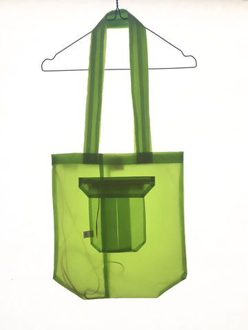 GLIDER_TOTE,BAG_GREEN,recycled, parachutes, paraglider, kitesurf, tote, bag, fashion, hoddie, man, wear , sustainable, ecologic, design, reciclado, parapente, paracaidas, velas, bolsa, moda, hombre, ropa, eco fiendly, ecologica, sostenible, diseño