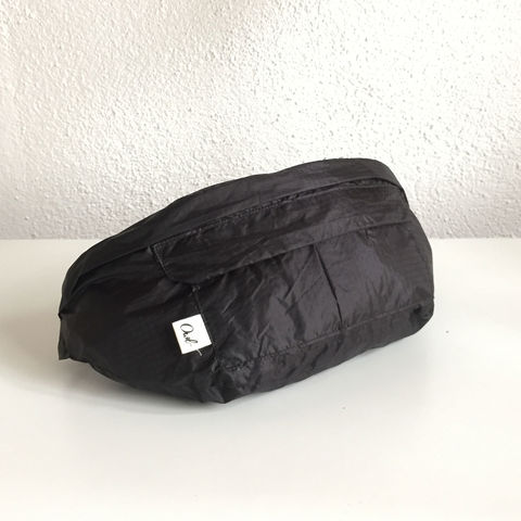 GLIDER_FUNNY,BAG_BLACK,recycled, parachutes, paraglider, kitesurf, tote, bag, fashion, hoddie, man, wear , sustainable, ecologic, design, reciclado, parapente, paracaidas, velas, bolsa, moda, hombre, ropa, eco fiendly, ecologica, sostenible, diseño