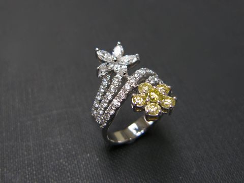 Yellow,Diamond,Flower,Ring,Jewelry  Ring  diamond ring  wedding ring  wedding band  anniversary gift  engagement ring stackable ring  custom ring  classic ring  custom made jewelry  sapphire ring  sapphire diamond yellow sapphire ring  yellow wedding