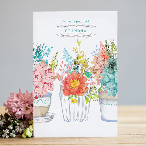 Flowers,To,A,Special,Grandma,Card,buy grandma birthday card online, buy pretty grandma birthday card online with flowers, buy special cards for grandmas online from grandchild grandchildren granddaughter grandson, grandma mothers day card, mothering sunday cards for grandma