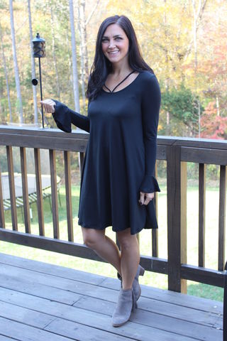 Ruffled,Sleeve,Dress,Strappy Black Dress, Bell sleeve dress
