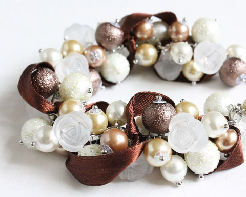 Brown,White,Rose,Cluster,Bracelet,and,Earrings,Set,brown cluster bracelet, brown white cluster bracelet, brown ribbon bracelet, brown bridesmaid bracelet, bridesmaid jewelry, brown jewelry set, brown bracelet earring set, pearl cluster bracelet, ribbon cluster bracelet