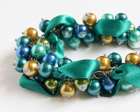 Peacock,Color,Cluster,Bracelet,and,Earrings,Set,bracelet earring, cluster bracelet, pearl bracelet, pearl cluster bracelet, peacock bracelet, peacock color bracelet, peacock theme, peacock wedding, peacock bridesmaid, teal bracelet, turquoise bracelet