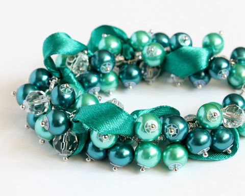 Teal,Turquoise,Cluster,Bracelet,and,Earrings,Set,cluster bracelet, dark turquoise cluster bracelet, teal bracelet, teal cluster bracelet, cluster bracelet with ribbon, ribbon cluster bracelet, pine green bracelet, emerald green bracelet, bracelet earring set, ribbon bracelet, teal bridesmaid, dark turqu