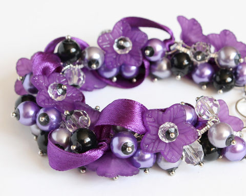Dark,Purple,and,Black,Bridesmaid,Cluster,Bracelet,Earrings,Set,purple cluster bracelet, purple bracelet, purple pearl bracelet, purple flower bracelet, purple ribbon bracelet, purple bridesmaid, purple wedding, purple lavender bracelet, indigo bracelet, purple black bracelet, purple black cluster bracelet, purple bla