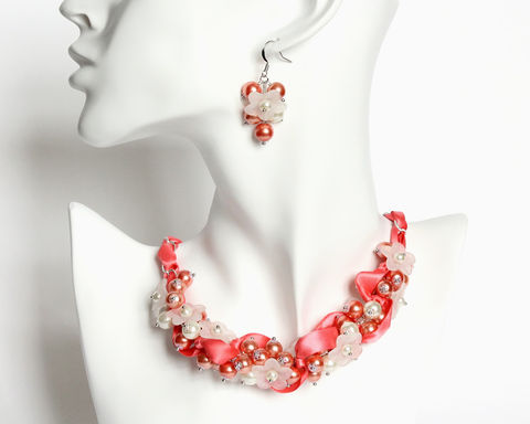 Coral,Pink,Bridesmaid,Cluster,Necklace,and,Earrings,Set,coral pink bridesmaid, coral bridesmaid, coral pearl necklace, bridesmaid necklace earrings set, coral orange necklace, coral white necklace