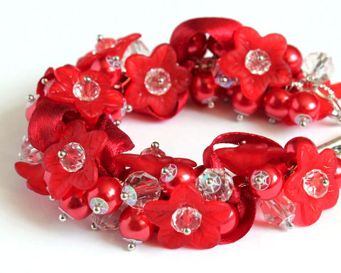 Red,Flower,Bridesmaid,Cluster,Bracelet,and,Earrings,set,red bracelet, red pearl bracelet, red bridesmaid bracelet, red bridesmaid jewelry set, crimson red bracelet, crimson wedding, crimson necklace, red flower ribbon bracelet, red bracelet and earring set