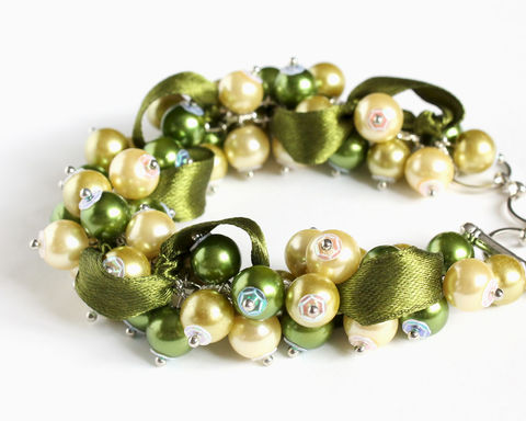 Olive,Green,and,Yellow,Cluster,Bracelet,Earrings,Set,bracelet earring, cluster bracelet, pearl bracelet, pearl cluster bracelet, olive green bracelet, green yellow bracelet, emerald yellow bracelet, green yellow bridesmaid, olive green bridesmaid bracelet earring set